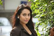 Khenisha Chandran Photo shoot-thumbnail-9