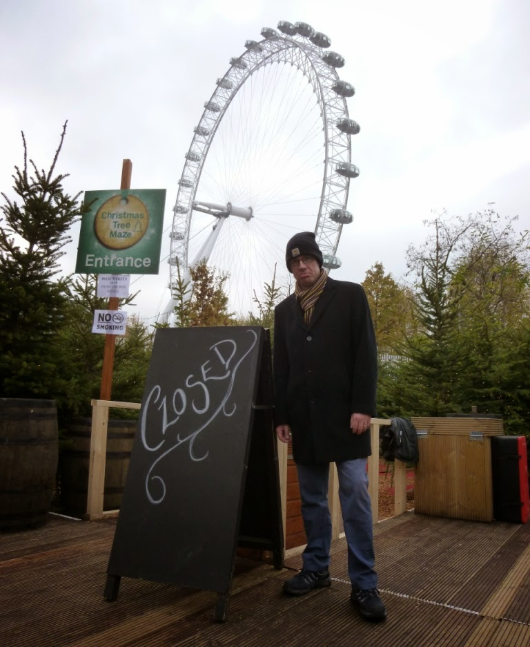 Bah humbug. The theme of finding things we want to do to be closed, abandoned or derelict, continued at the Southbank Centre's Winter Festival as we weren't able to get lost or find the centre of the Christmas Tree Maze