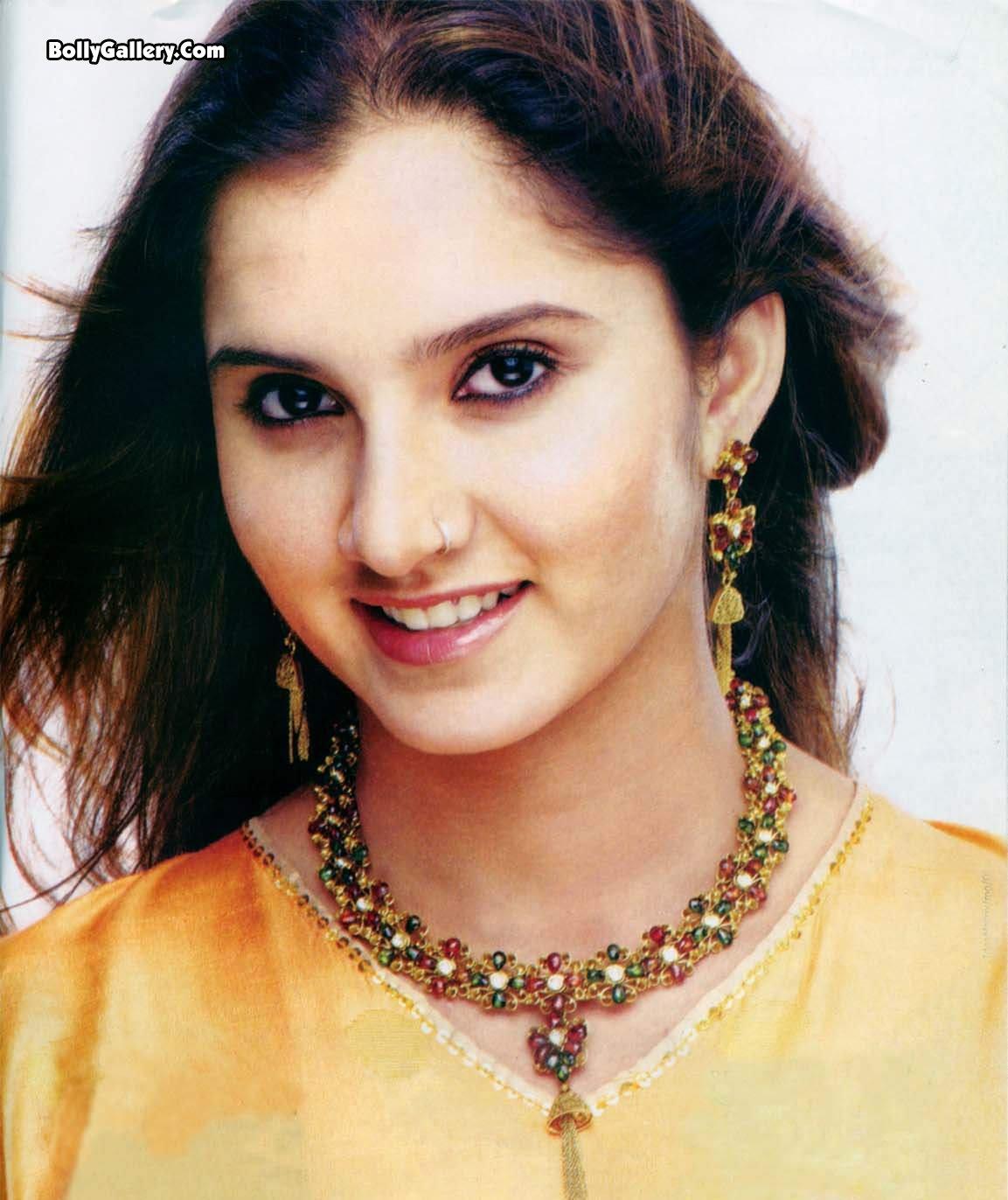 http://3.bp.blogspot.com/-nfnfTQJt-XA/Tg3DuVpVygI/AAAAAAAAA1g/1NbbOKoTQqA/s1600/Sania+Mirza_003.jpg