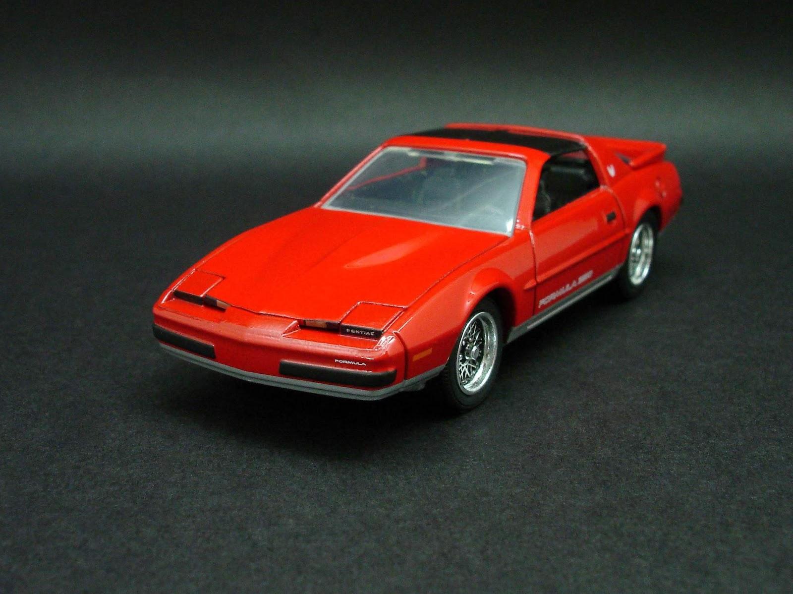 diecast hobbist 1989 pontiac firebird formula 350. Black Bedroom Furniture Sets. Home Design Ideas