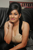 Revathi Chowdary hot photos-thumbnail-1