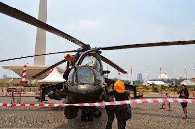 gambar Helikopter MI 35-P