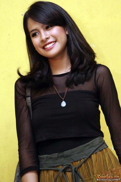 Foto Model  Rambut Maudy Ayunda