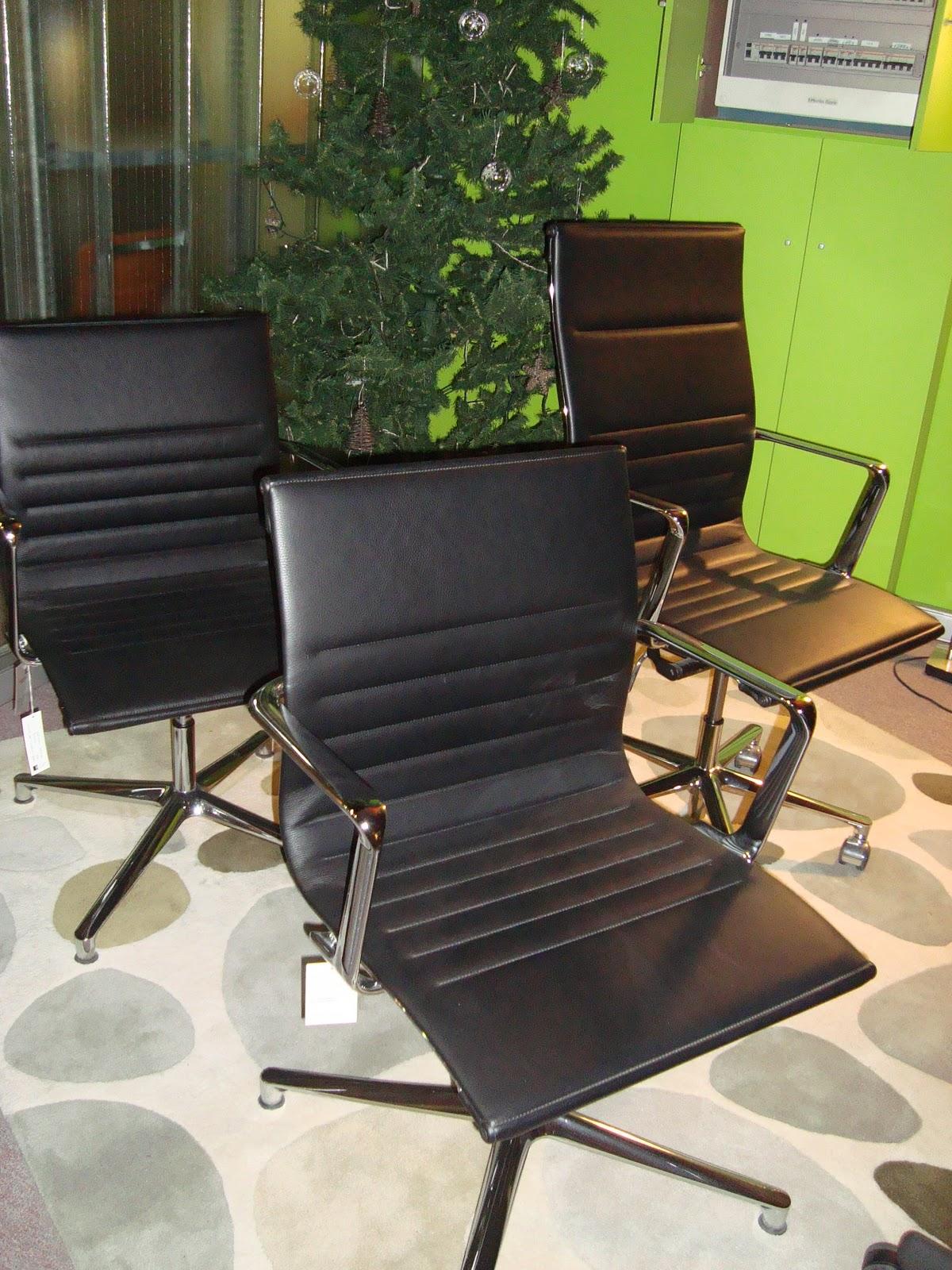 Liquidacion muebles de dise o mesas y silleria - Muebles vizcaya liquidacion ...