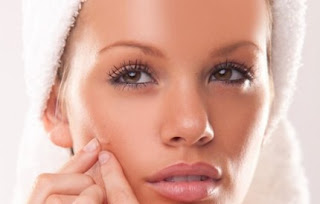 Prevent Acne Adult With 4 Essential Tips