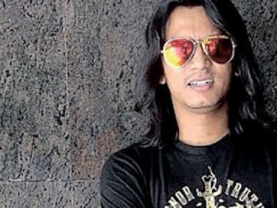 Faizal Tahir - Anti Graviti MP3