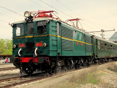 renfe 1003 lleida expo tren  salon ferroviario 2013