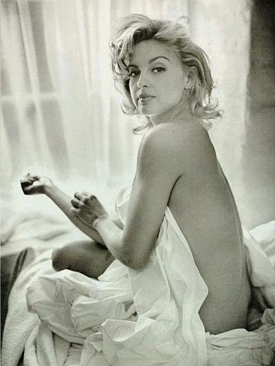 Madonna photos nude Nude Photos 16