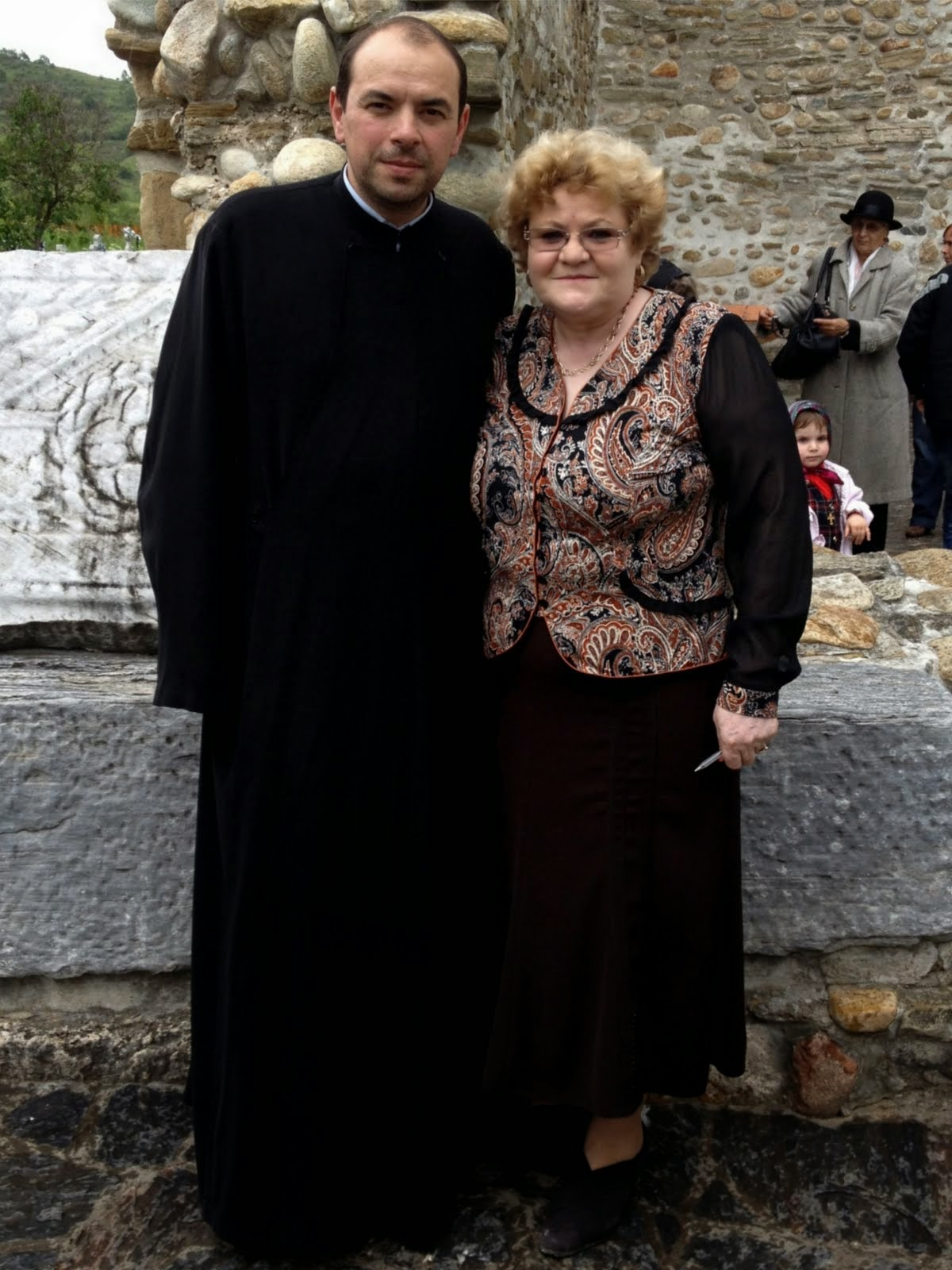 Pelerinaj 2014 la Prislop .cu preotul Paroh , Marius Sfercoci