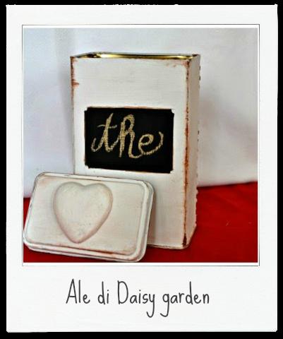 http://welcomedaisygarden.blogspot.it/2014/12/scatola-di-latta-recuperata-shabby-chic.html