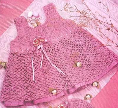 baharlik fileli tig orgusu pembe orgu elbise modeli Tığ İle İşlenen Kız Bebek Elbise Modelleri