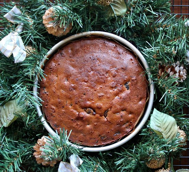 Non Alcoholic Christmas Cake Feeding