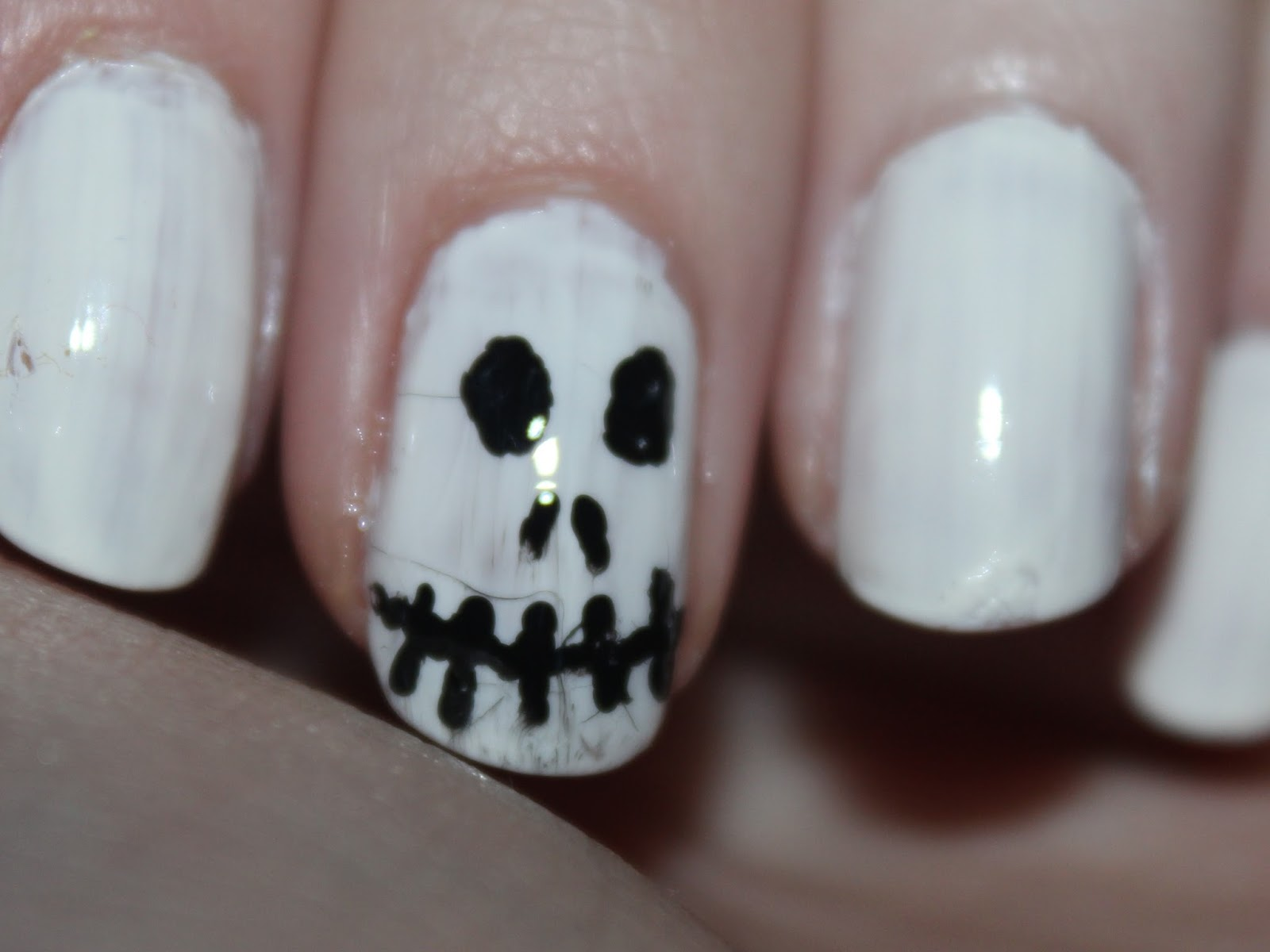 Halloween Nails: Jack Skellington