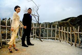 foto pre wedding di gunung tangkuban perahu