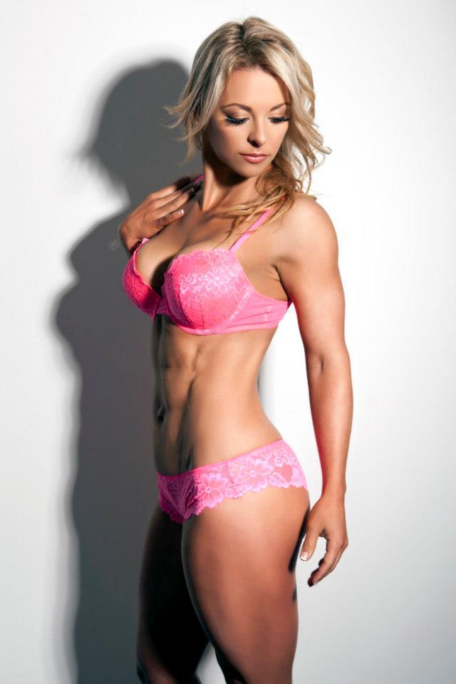 Australian Fitness Babes: Kate Battersby