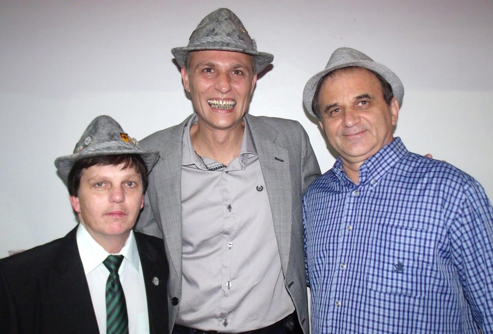 AIRTON ENGSTER DOS SANTOS, HANS UDO FRANZ E CARLOS RAFAEL MALLMANN