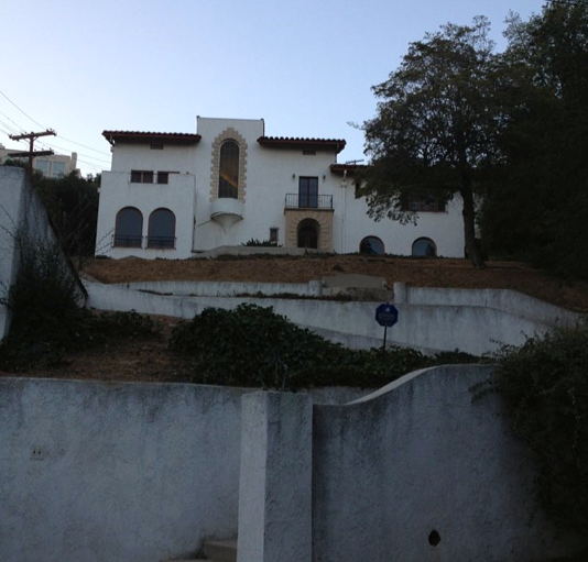 Would You Live In A Murder Mansion? Thereu0027s A House On The Hilltop Of Los  Feliz On Glendower Place, That Hasnu0027t Been Occupied Since December, 6, 1959.