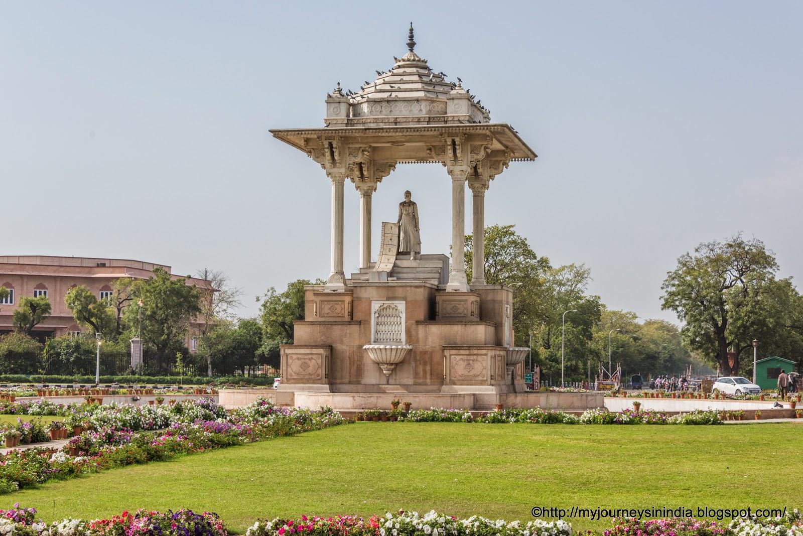 Statue Circle Maharaja Sawai Jai Singh Jaipur
