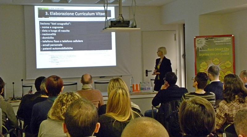 Lisa Cortesi relatrice del corso su LinkedIn e la ricerca di lavoro in rete