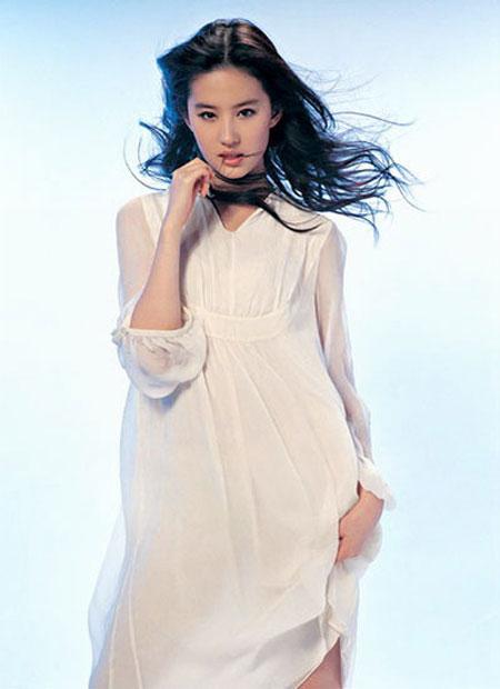 sexy chinese actress crystal liu yifei 02