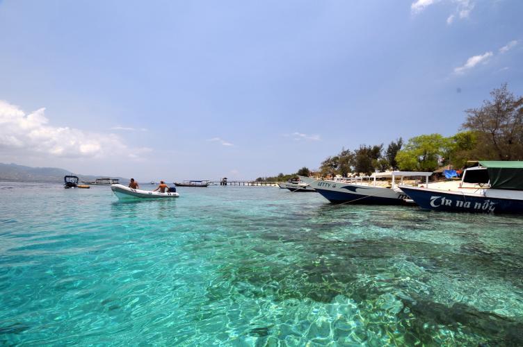Image result for pantai gili meno lombok