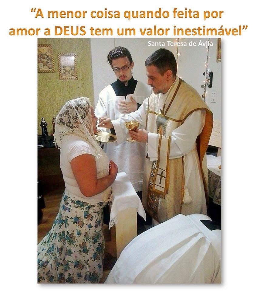 Foto:Rev Padre Macários e fiéis Resistentes de Santos-SP