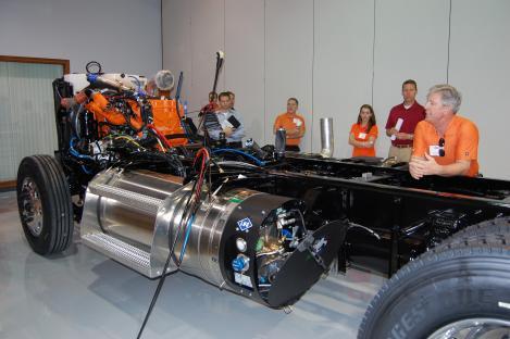 Illinois Navistar Partners With Fleet To Develop