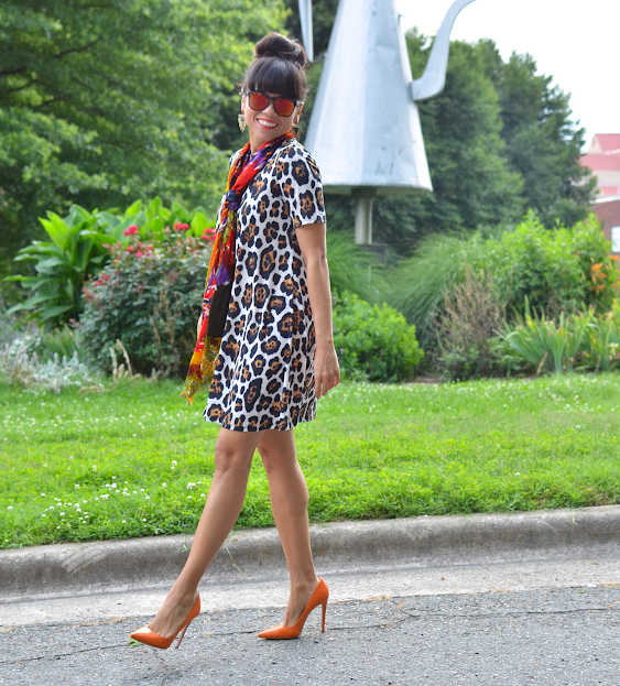 LEOPARD DRESS ORANGE SHOES