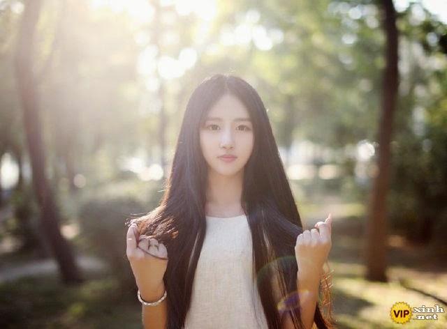 Em gái xinh đẹp dịu dàng sắc hè