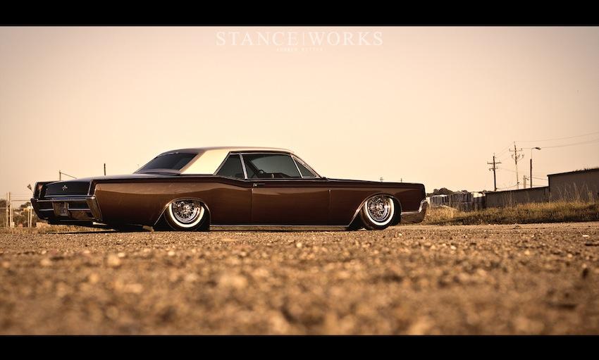 Ruote Rugginose 1966 Lincoln Continental Coupe