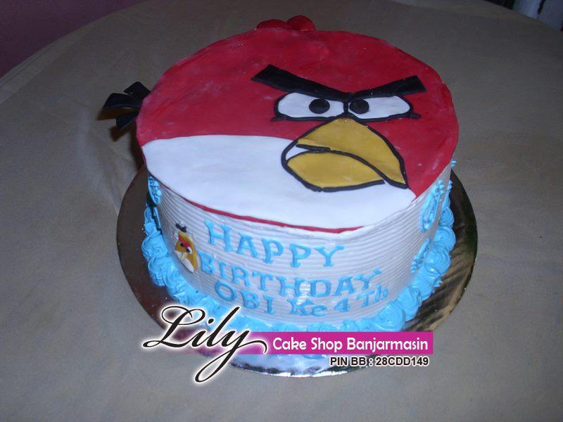 Kue ultah tema angry bird khas Lily Cake Shop Banjarmasin....