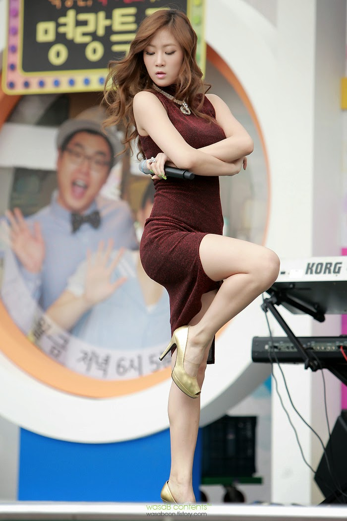 Sistar (씨스타) Soyou (소유) - 'Beef day' to announce the superiority of Korea Dairy Cattle Association on 09 June 2012