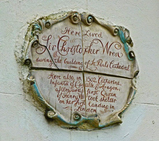 Plaques in London, Wren, Catherine of Aragon