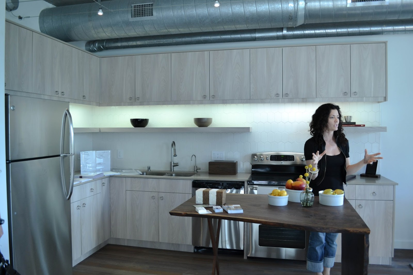Dwell Labs: A Tour of 4 Loft Style Apartments at Met Lofts, Los ...