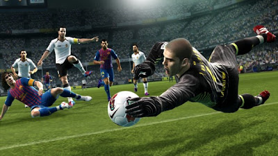 PES 2013 Valdes 580x326 Free Download Game PES 2013 PC Full Version