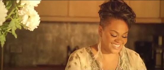 "Novo clipe da Jill Scott ""Back Together"""
