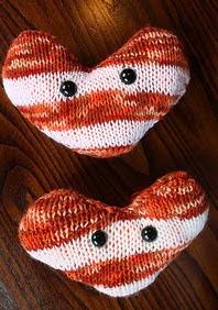 http://www.ravelry.com/patterns/library/smitten-spotspot-valentines-heart