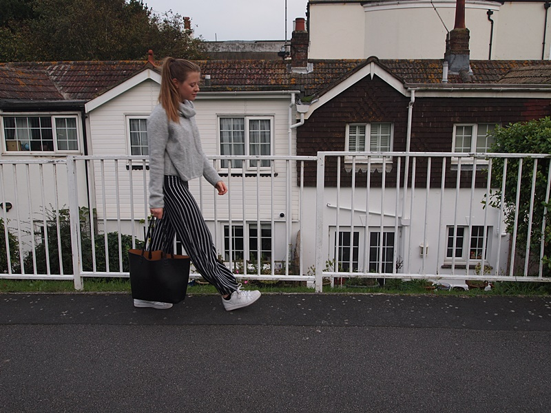 outfit, flared pants, flares, turtleneck, autumn, new look, fashion, miss selfridge, adidas, stan smith, fall, what i wore today, sneakers, trainers, striped, stripes, uk, fashion blog, fashion blogger, blogger, blogger_lu, style, brighton, undersizedcloset, undersized closet