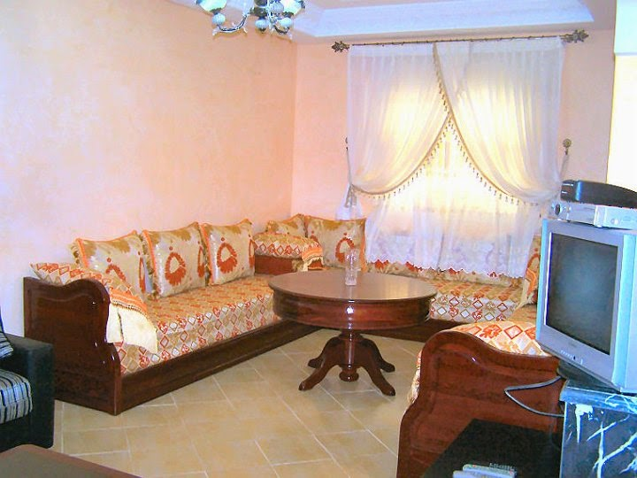 Je n 39 aime pas les salons marocains dans les appartements for Sejour salon