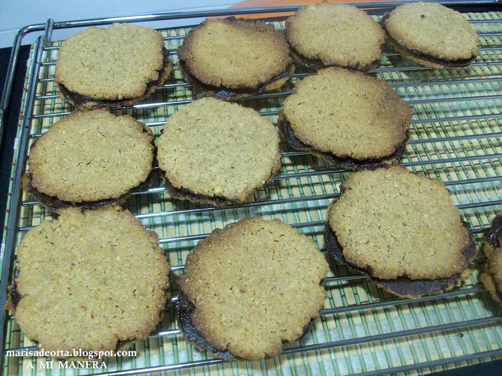 A mi manera galletas de trigo inflado con miel for Bandeja horno ikea