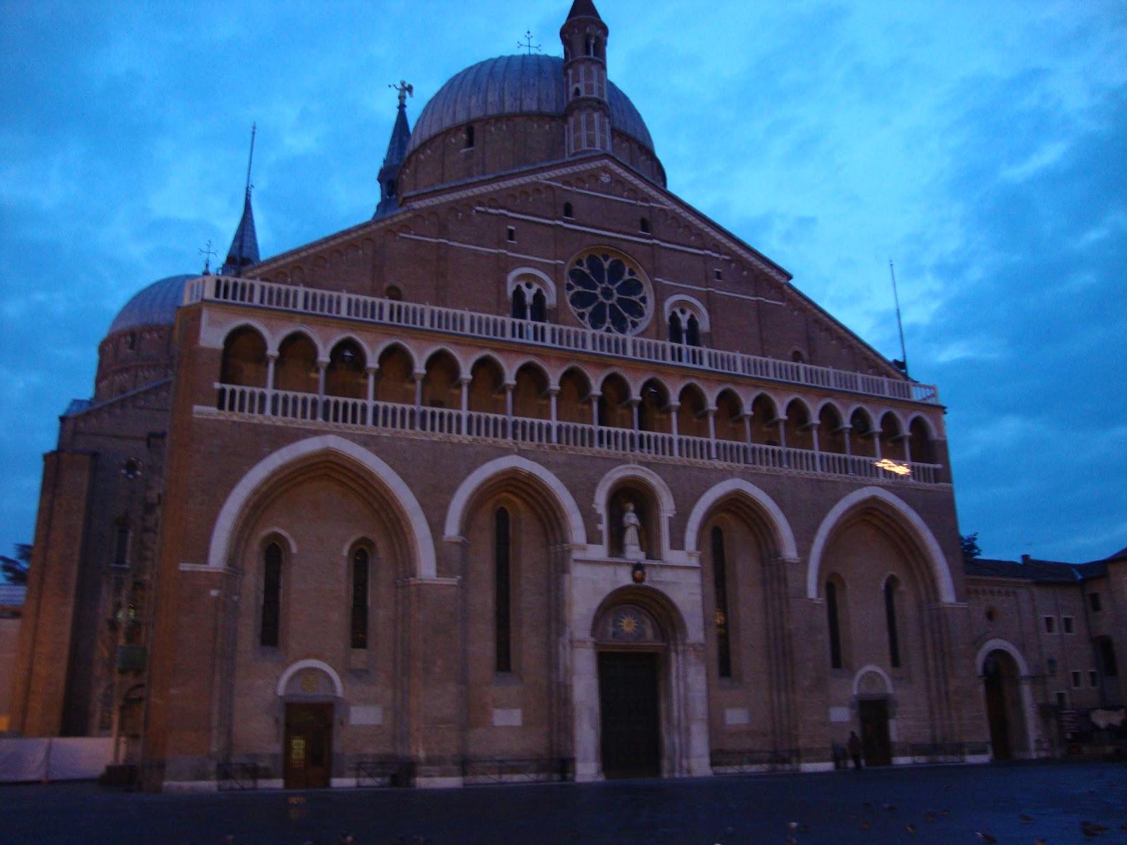 Arquitectura arte sacro y liturgia las iglesias for Arquitectura sacro
