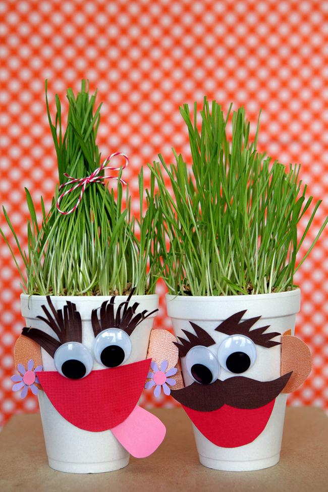 Grass Heads! Fun Summer Craft!