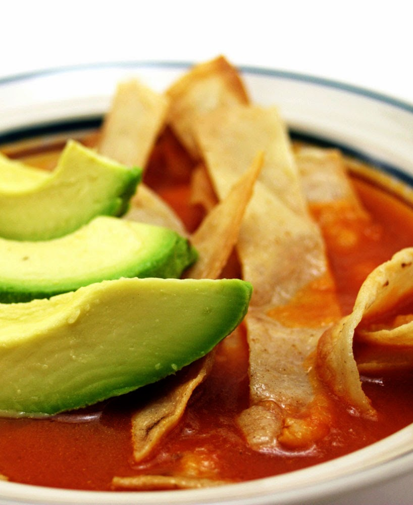 Amazing Pinterest world: Tortilla Soup With Chicken And Avocado