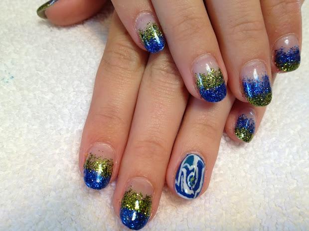 's nail seahawks design