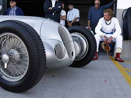 1937-Mercedes-Benz-W125-grand-prix-vintage-car
