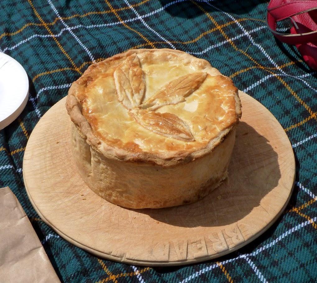 Hairy Biker's Ham Pie