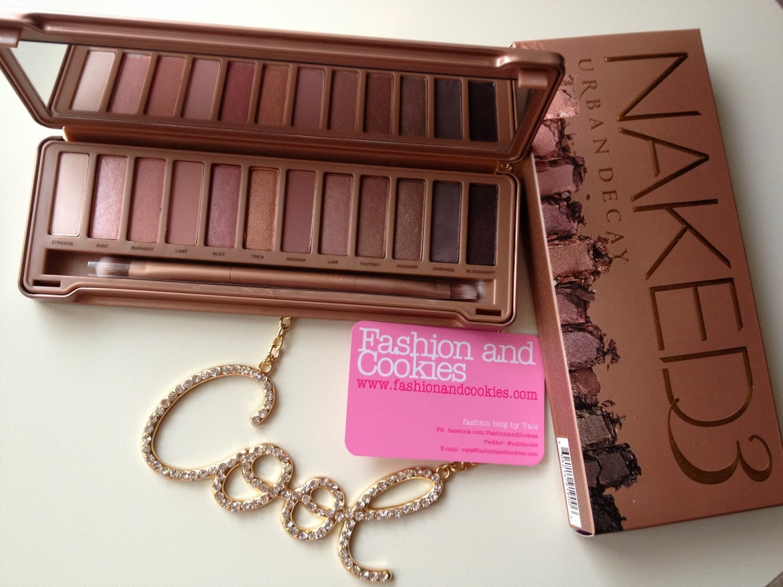 Naked 3 Urban Decay palette, fashion blogger, Fashion and Cookies