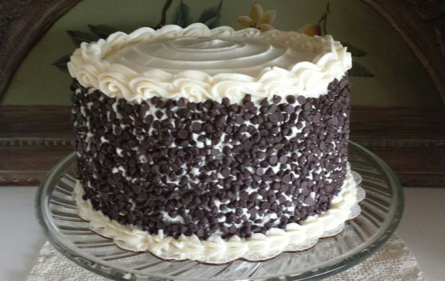 Pound Cake With Cannoli Filling