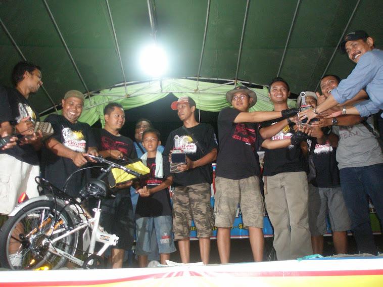 sang juara bertahan : Juara 1, 2 dan 3 di kelas Advnt OffRoad East Java 4x4 Surabaya Jimny Reiders