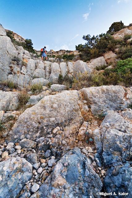 naturaleza_montaña_cueva_photography_landscape_cavern_montsant_cova_santa
